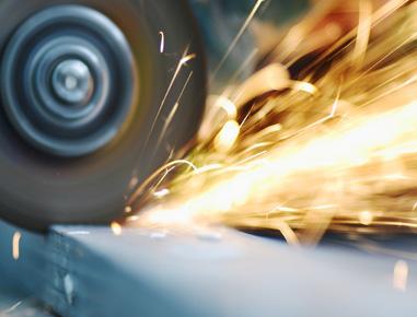 Montagem e reforma de equipamentos, estruturas metálicas e tanques em Aço Inox, para construção, reforma e adequação de equipamentos para as indústrias